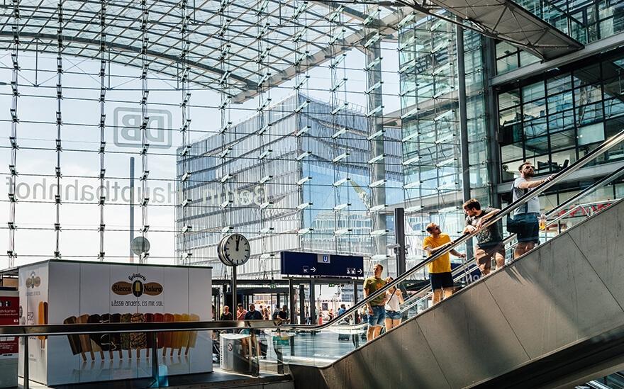 ברלין האופטבנהוף - תחנת הרכבת הגדולה ביותר באירופה